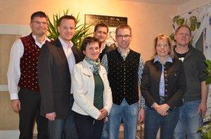 Rupert Ostermair mit den CSU-Gemeinderäten  (v.l.) Hubert Hörndl, Anna Adlberger, Stefan Rott, Hannes Nagler,  Sieglinde Frisch, Richard Kilger